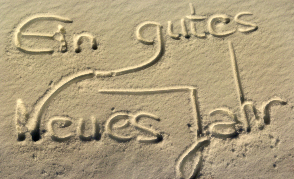 NeujahNeujahr im Sand geschrieben
